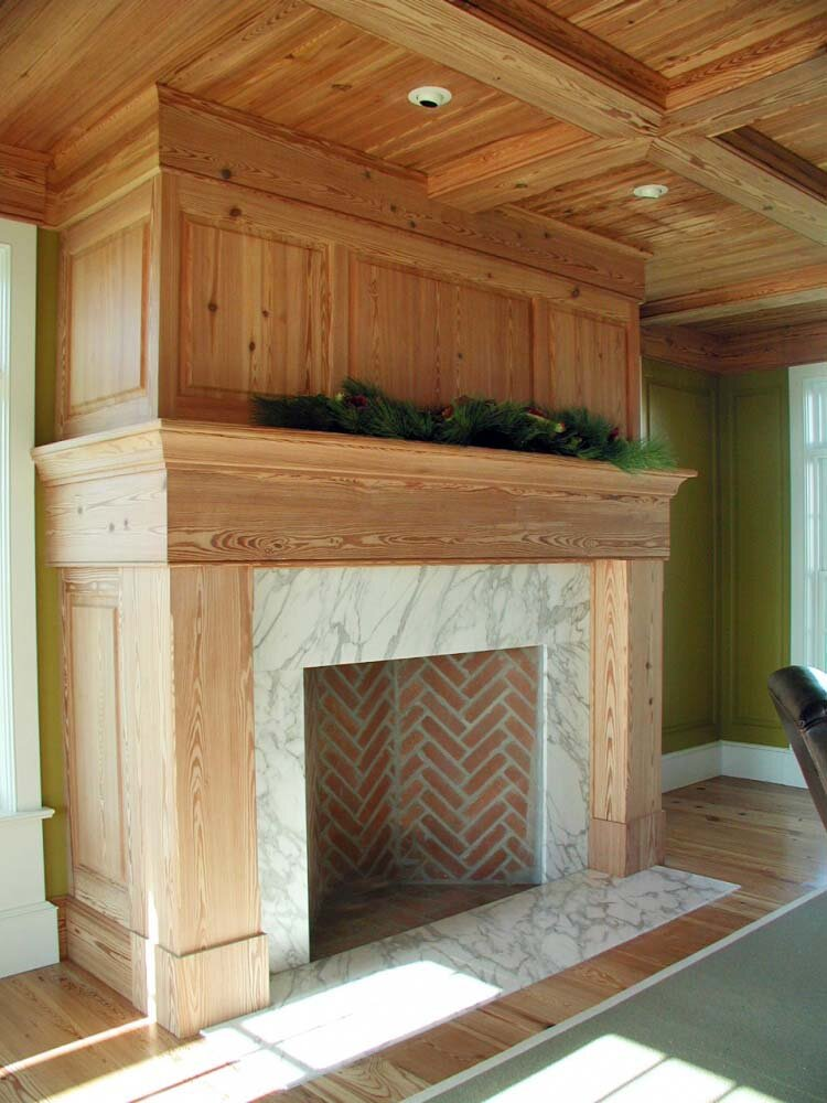 Great_room_mantel_3